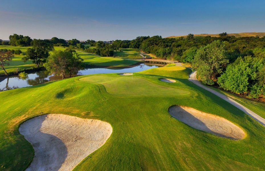 Coyote Ridge Golf Club Awarded Top Luxury Golf Course Status