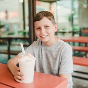 Hopdoddy Burger Bar Partners With Salood to Raise Money for Pediatric Cancer Patients